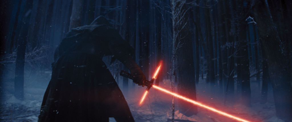 Star-Wars-7-The-Force-Awakens-Sith-Lightsaber-Photo